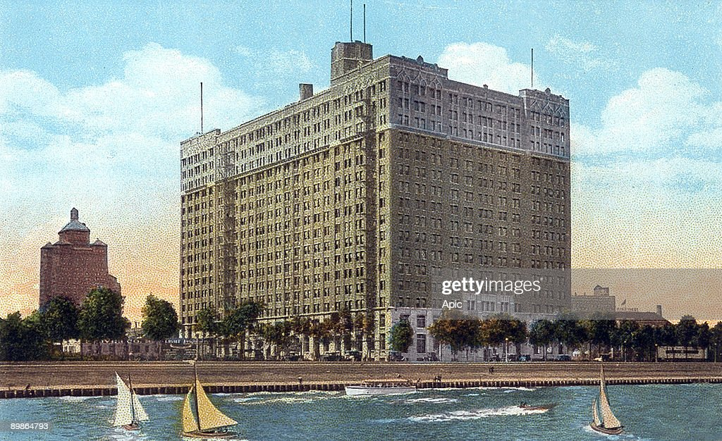 Wonderful American Furniture Mart Building In Chicago (Illinois) Built In 1923,  Postcard, 1927 Pictures | Getty Images