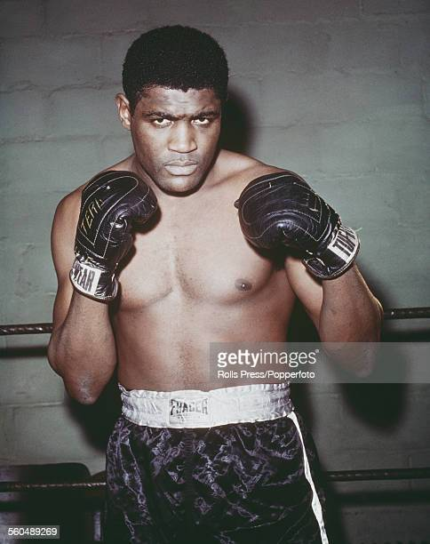 American heavyweight boxer Ernie Terrell pictured during a training session at the Laoma Byrd gym in Pleasantville New York in February 1966 prior to...