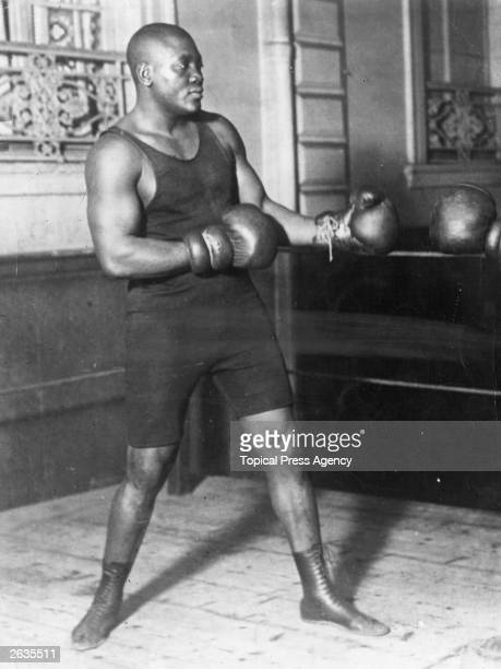 American heavyweight boxer Jack Johnson in action sparring