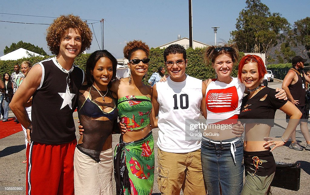 'American Idol' cast during The 2002 Teen Choice Awards - Arrivals at The Universal Amphitheatre in Universal City, California, United States.