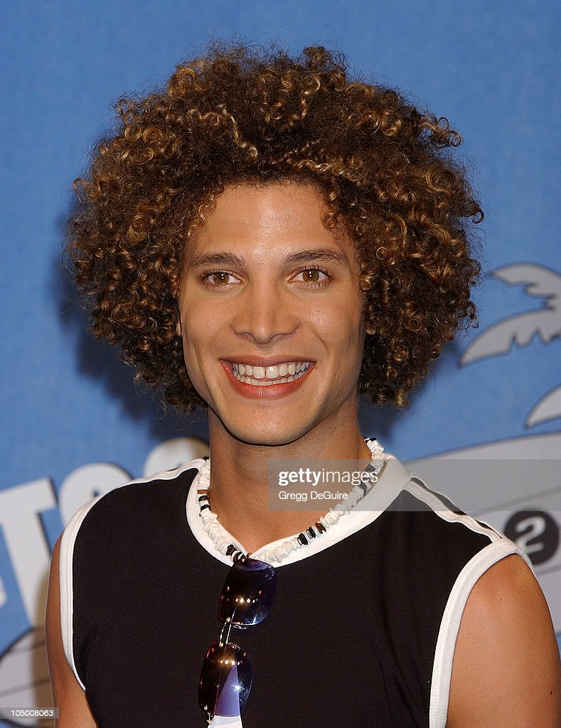 American Idol Finalist Justin Guarini during The 2002 Teen Choice Awards Press Room at Universal Amphitheater in Universal City California United...