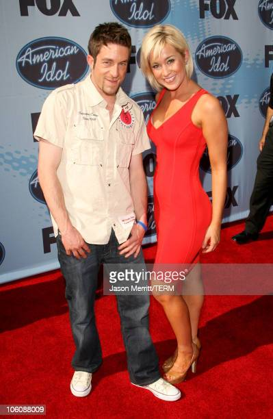 'American Idol' Season 5 Top 3 Finalist Elliott Yamin from Richmond Virginia and Top 6 Finalist Kellie Pickler of Albemarle North Carolina