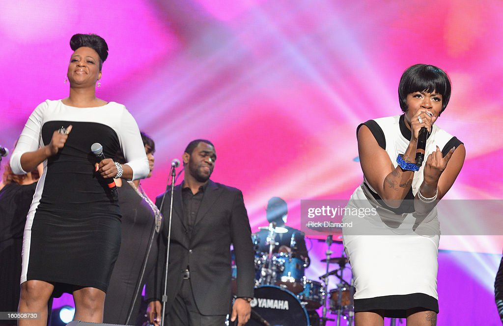 American Idol winner and Grammy-nominated artist Fantasia (R) and mother Diana Barrino Barber perform onstage at the Super Bowl Gospel 2013 Show at UNO Lakefront Arena on February 1, 2013 in New Orleans, Louisiana.