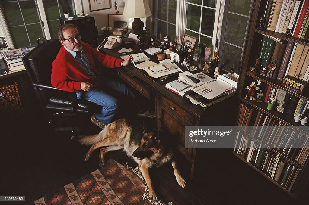 American illustrator and children's writer Maurice Sendak (1928 - 2012) at his home in Ridgefield, Connecticut, 16th May 1990.