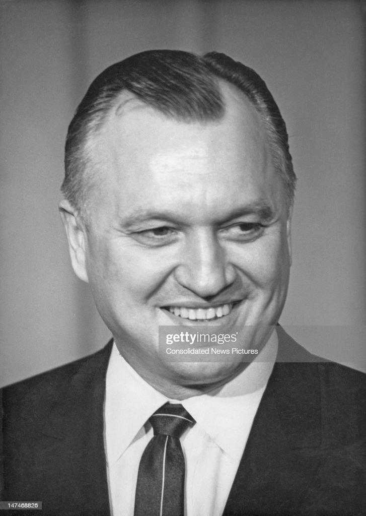 American industrialist <b>Walter Joseph</b> Hickel (1919 - 2010), 11st December <b>...</b> - american-industrialist-walter-joseph-hickel-11st-december-1968-he-is-picture-id147468826