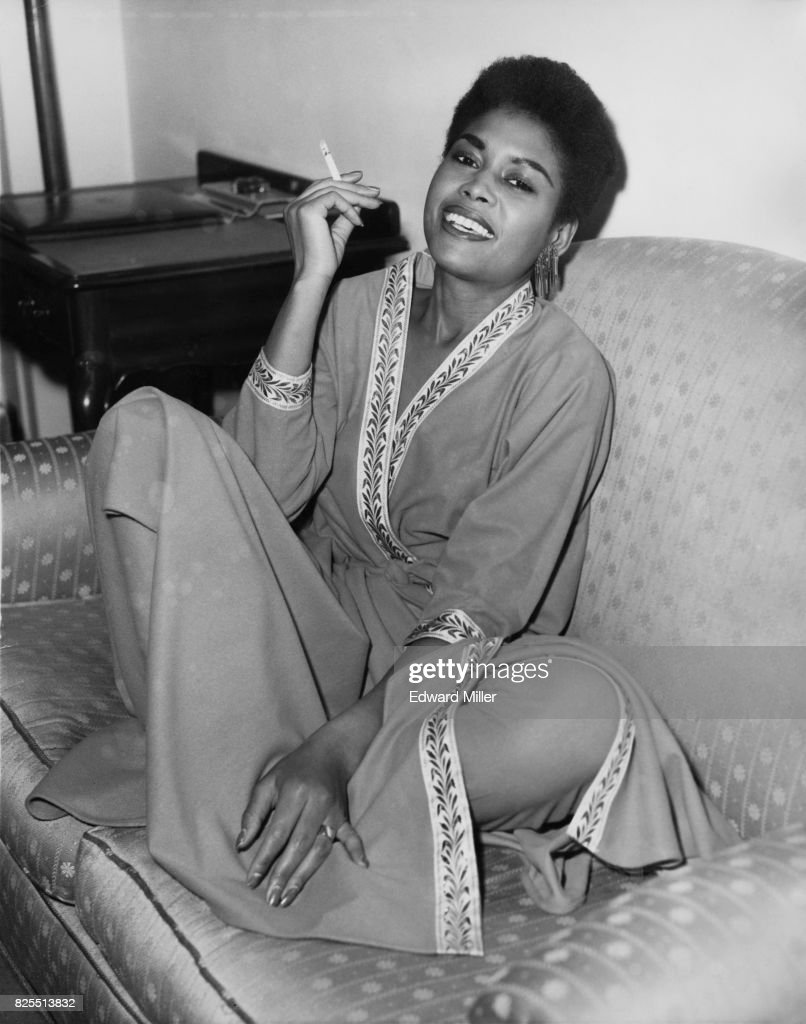 American jazz singer Abbey Lincoln (1930 - 2010) at her hotel in London, on her first visit to England, 8th December 1958. She is in London to appear on the ITV show 'Chelsea at Nine'.
