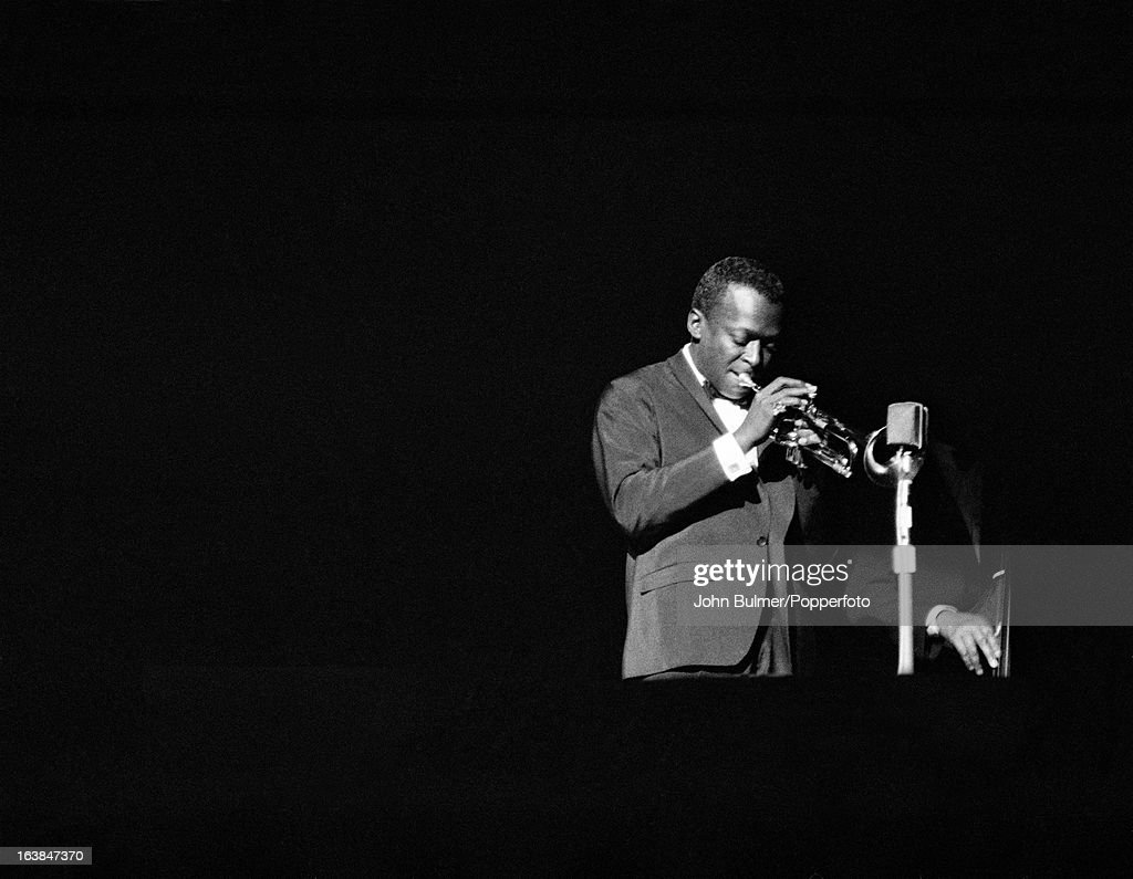 The life of miles davis an american jazz trumpeter