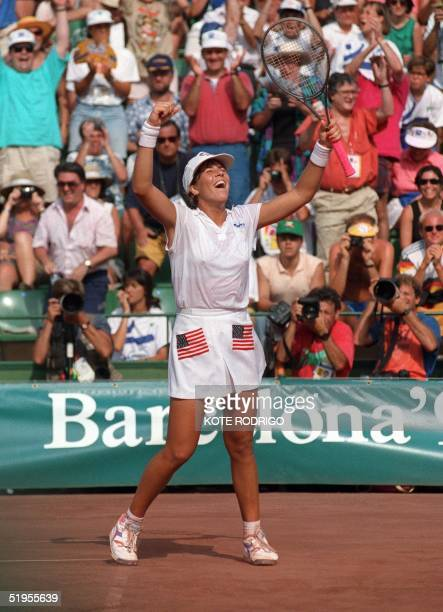 American Jennifer Capriati jubilates as she wins 7 August against German Steffi Graf at the tennis single women's final of the 1992 Olympic Games in...