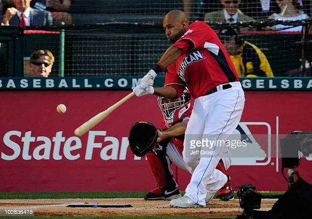 American League AllStar Vernon Wells of the Toronto Blue Jays at bat during round one of the 2010 State Farm Home Run Derby during AllStar Weekend at...