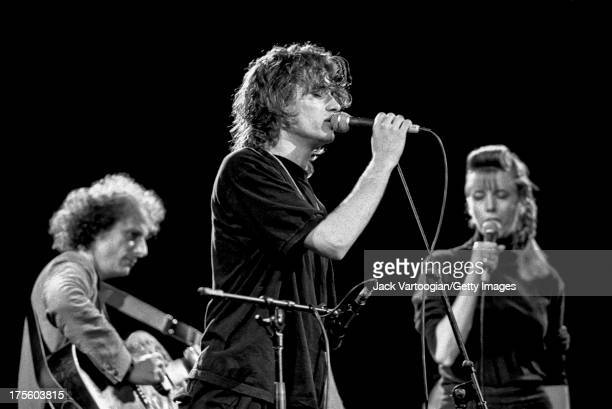 American musician and singersongwriter Jeff Buckley performs with Gary Lucas on guitar and singer Julia Hayward during the 'Greetings from Tim...