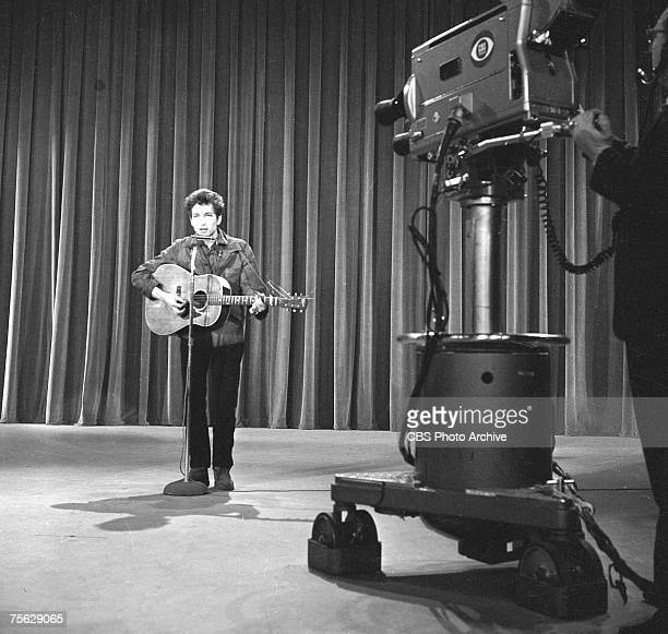 American musician Bob Dylan performs 'Talkin' John Birch Paranoid Blues' during rehearsals for an apperance on the Ed Sullivan Show New York New York...