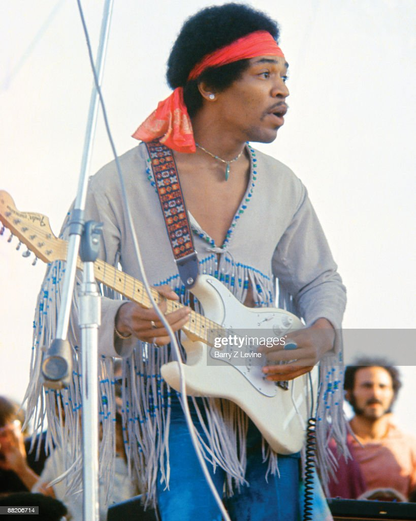 jimi hendrix and his music in the 1960s Music, baby boom - the evolution of the 1960's and 1980's: jimi hendrix.