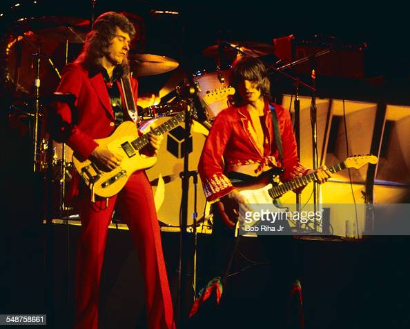 American musicians Roger Fisher and Howard Leese of the rock group Heart perform onstage at the Universal Amphitheatre Los Angeles California July 15...