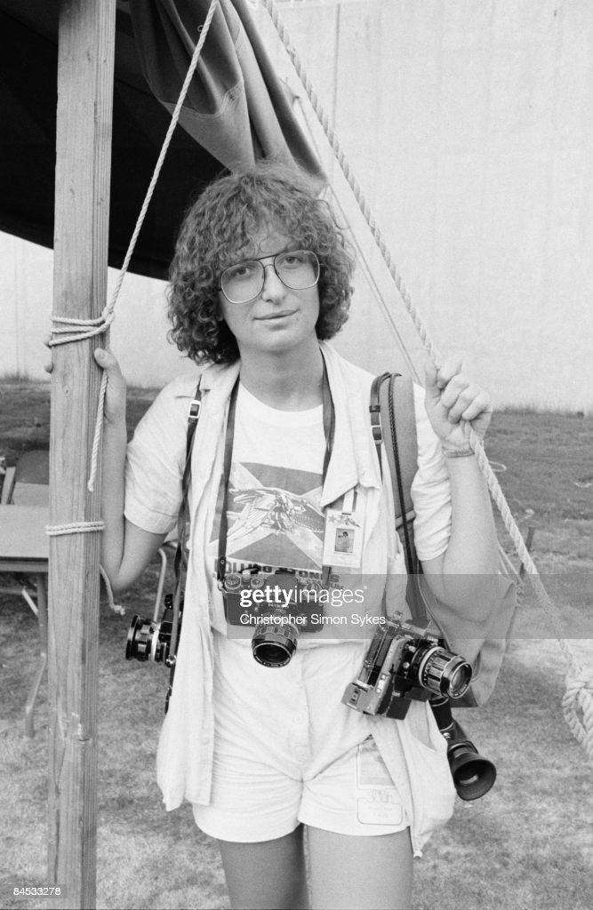 American photographer <a gi-track='captionPersonalityLinkClicked' href=/galleries/search?phrase=Annie+Leibovitz&family=editorial&specificpeople=549168 ng-click='$event.stopPropagation()'>Annie Leibovitz</a> in Memphis, Tennessee, during the Rolling Stones Tour of the Americas, 1975.