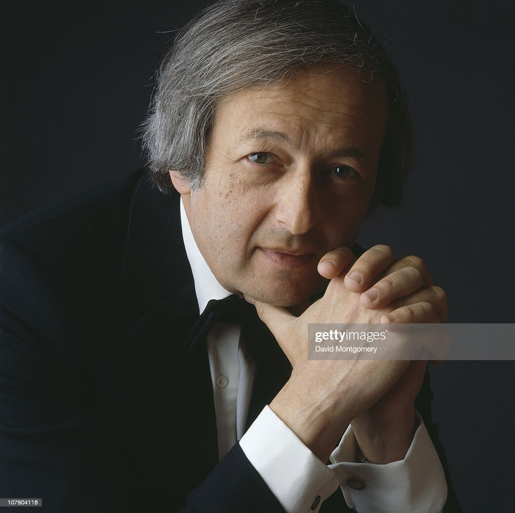 American pianist and conductor <a gi-track='captionPersonalityLinkClicked' href=/galleries/search?phrase=Andre+Previn&family=editorial&specificpeople=890306 ng-click='$event.stopPropagation()'>Andre Previn</a>, 8th April 1986.