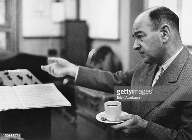 American pianist Shura Cherkassky 25th February 1960