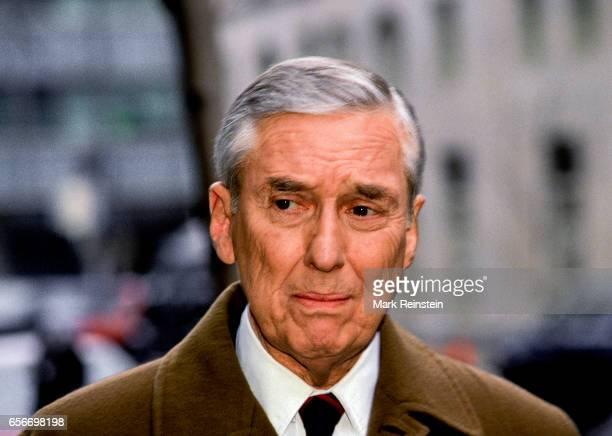 American politician and US Secretary of the Treasury Lloyd Bentsen speaks with the press outside ABC studios Washington DC Febraury 21 1993 He was...