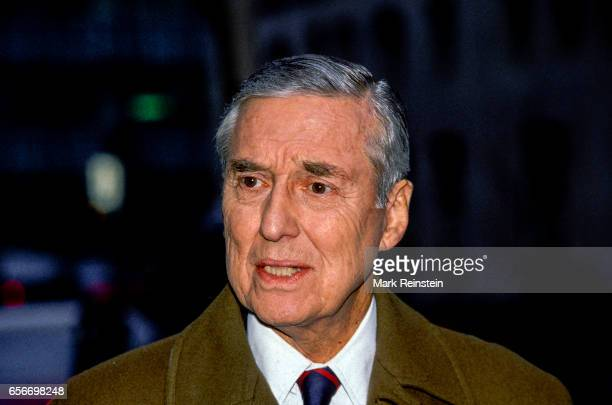American politician and US Secretary of the Treasury Lloyd Bentsen speaks with the press outside ABC studios Washington DC Febraury 21 1993 He was...