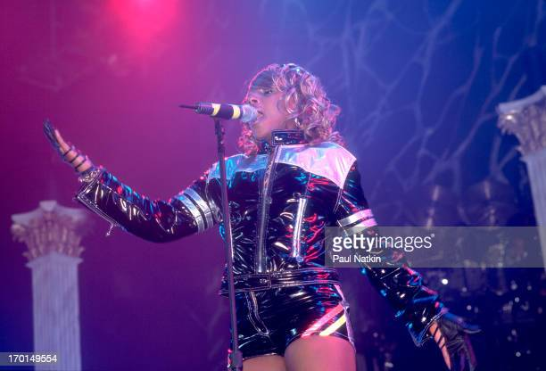 American RB and pop singer Mary J Blige performs onstage at the Rosemont Horizon theater Rosemont Illinois October 13 1995
