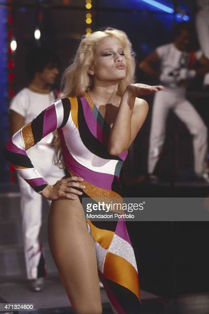 American showgirl Heather Parisi performing at TV variety show Fantastico Milan 1979