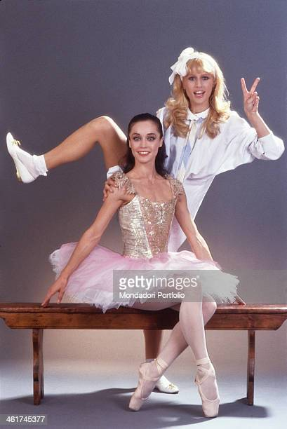 American showgirl Heather Parisi posing beside Italian classical ballet dancer Oriella Dorella 1981