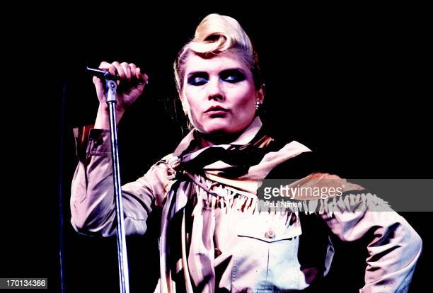 American singer Debbie Harry of the band Blondie performs on stage at the Poplar Creek Music Theater Chicago Illinois August 8 1982