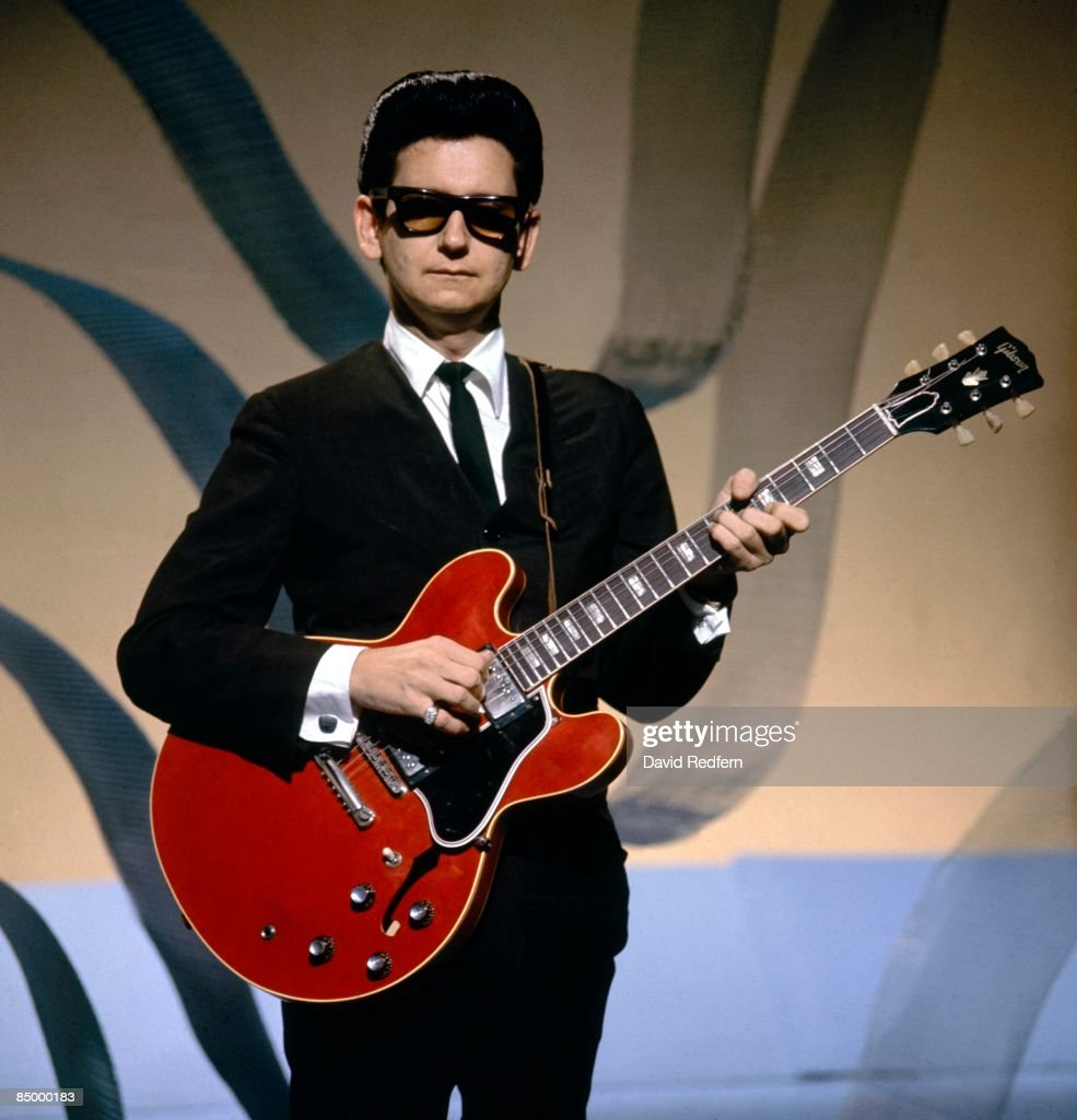 STARS Photo of Roy ORBISON, performing on TV show, playing Gibson ES-335 guitar