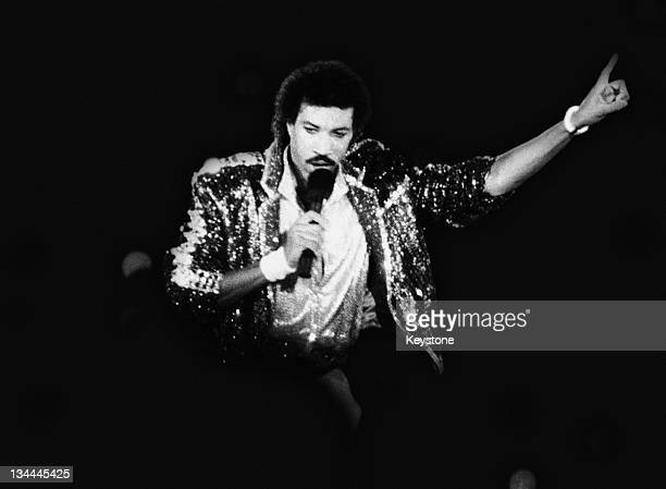 American singer Lionel Richie performing 'All Night Long ' at the closing ceremony of the Summer Olympics at the Los Angeles Memorial Coliseum Los...