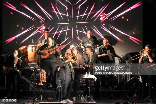 American singer Willie Colon also known as The King of Salsa performs during his show to celebrate the 50th Anniversary of his musical career at Gran...