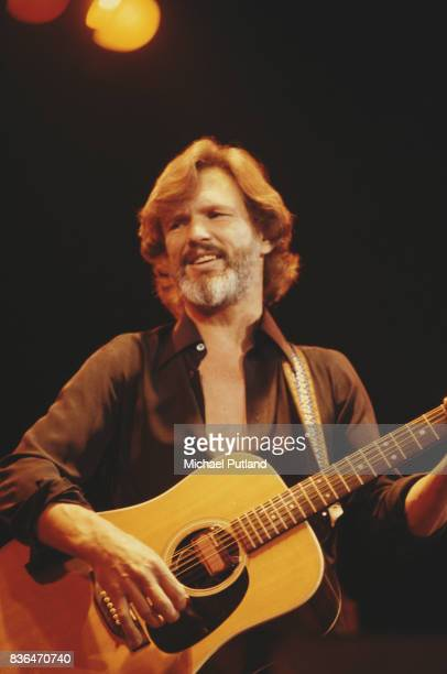 American singersongwriter and musician Kris Kristofferson performs on stage 1979