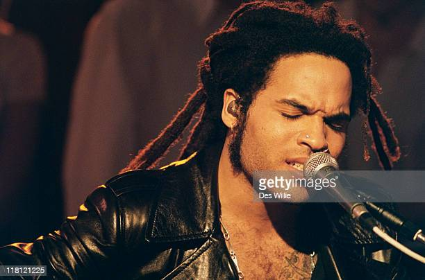 American singersongwriter Lenny Kravitz performing on the Channel 4 live music TV programme 'The White Room' 1996