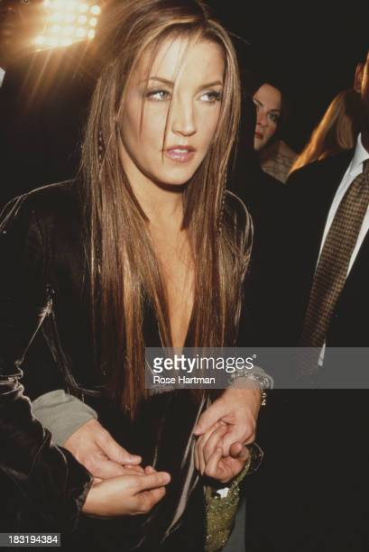 American singersongwriter Lisa Marie Presley attends a Marc Jacobs catwalk show 1999