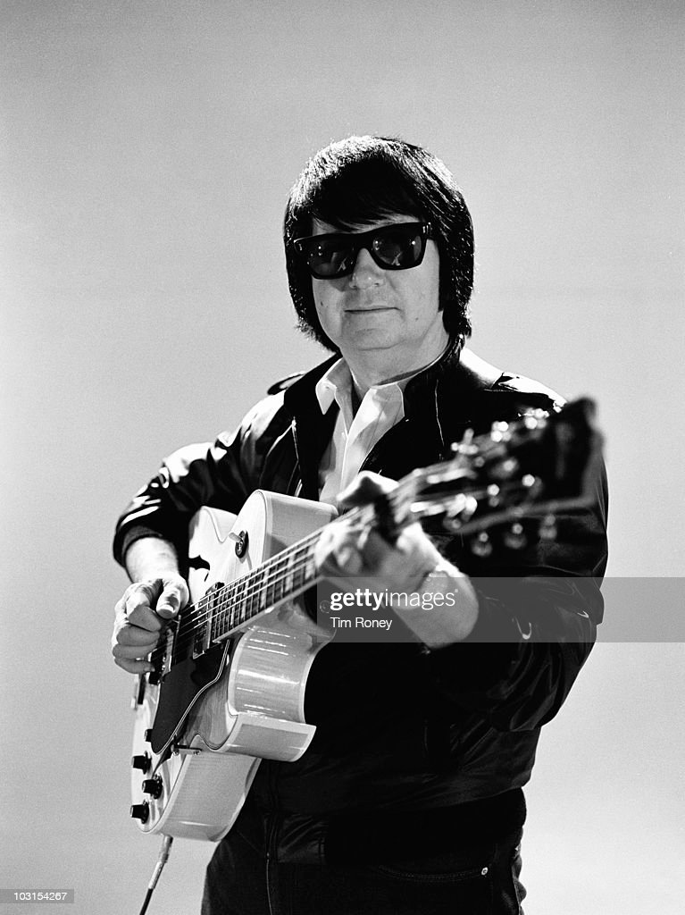 American singer-songwriter <a gi-track='captionPersonalityLinkClicked' href=/galleries/search?phrase=Roy+Orbison&family=editorial&specificpeople=913944 ng-click='$event.stopPropagation()'>Roy Orbison</a> (1936 - 1988), circa 1980.