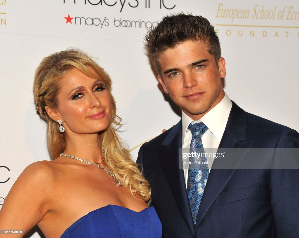 American socialite Paris Hilton and Spanish model River Viiperi attend the 2012 European School Of Economics Foundation Vision And Reality Awards at Cipriani 42nd Street on December 5, 2012 in New York City.