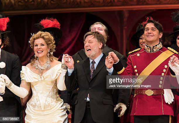 American soprano Renee Fleming British conductor Sir Arthur Davis and American baritone Nathan Gunn take a bow at the final dress rehearsal prior to...