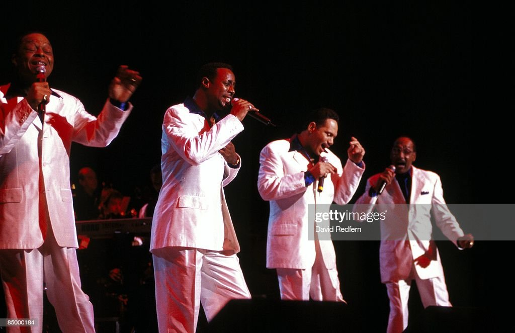 Photo of Ronnie McNEIR and FOUR TOPS and Renaldo BENSON and Theo PEOPLES and Abdul FAKIR; L-R: Renaldo 'Obie' Benson, Theo Peoples, Ronnie McNeir, Abdul 'Duke' Fakir performing live onstage
