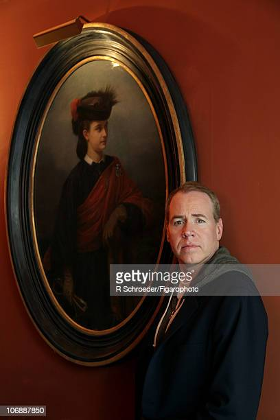 American writer Bret Easton Ellis is photographed for Madame Figaro on September 20 2010 in Paris France PUBLISHED IMAGE CREDIT MUST READ R...