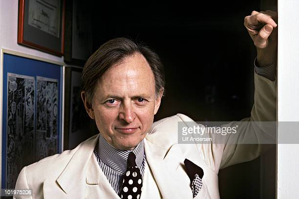 STATES JANUARY 17 American writer Tom Wolfe during Portrait Session held on january 17 1988 at home in New York USA