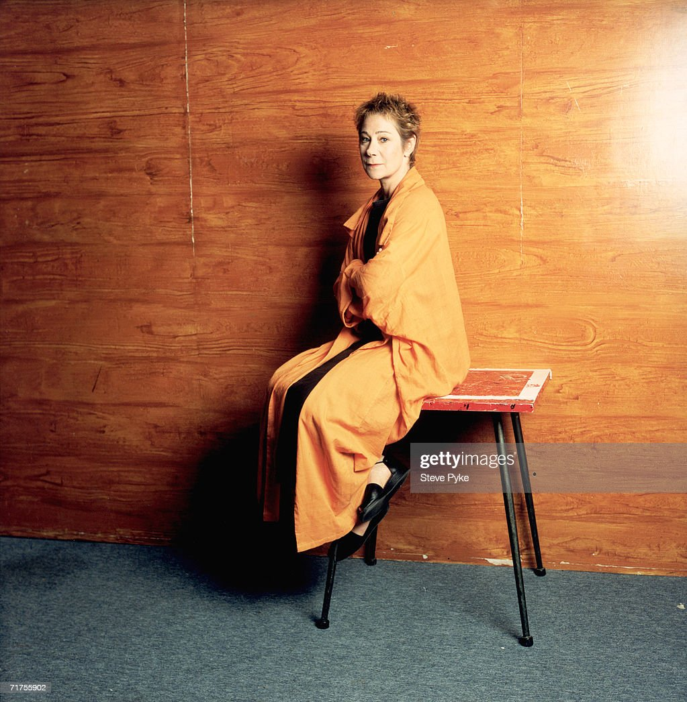 American-born British actress Zoe Wanamaker, 1997.