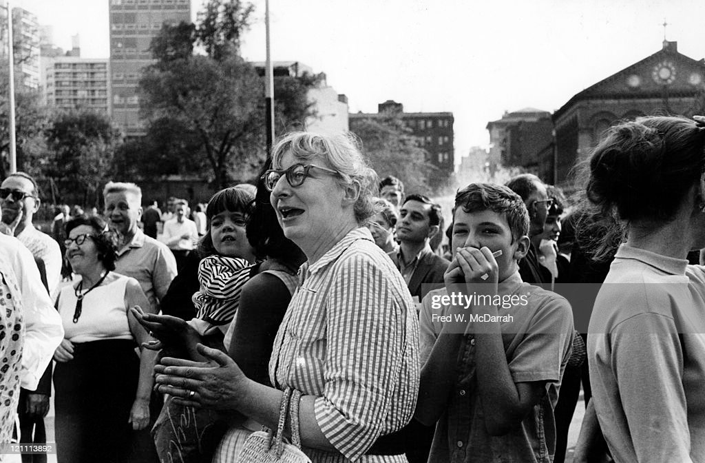 American-born Canadian social and urban activist & author <a gi-track='captionPersonalityLinkClicked' href=/galleries/search?phrase=Jane+Jacobs&family=editorial&specificpeople=1014340 ng-click='$event.stopPropagation()'>Jane Jacobs</a> (1916 - 2006) (center) in Washington Square Park, New York, New York, August 24, 1963.
