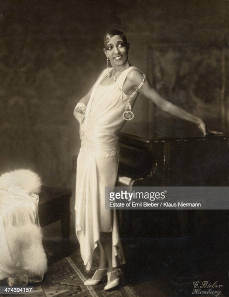 Josephine baker stock photos and pictures getty images for Josephine baker images
