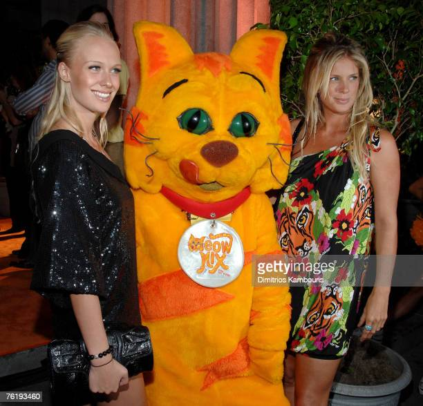 'America's Next Top Model' winner CariDee English and Model Rachel Hunter attend the 'The Meow Mix Acatemy' Launch Party at the Daryl Roth Theatre on...