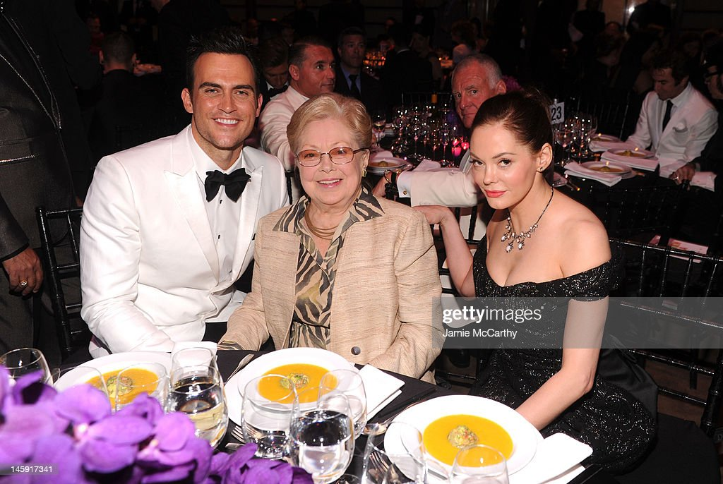 amfAR Founding Chairman Dr. <a gi-track='captionPersonalityLinkClicked' href=/galleries/search?phrase=Mathilde+Krim&family=editorial&specificpeople=220579 ng-click='$event.stopPropagation()'>Mathilde Krim</a>, <a gi-track='captionPersonalityLinkClicked' href=/galleries/search?phrase=Cheyenne+Jackson&family=editorial&specificpeople=216481 ng-click='$event.stopPropagation()'>Cheyenne Jackson</a> (L) and <a gi-track='captionPersonalityLinkClicked' href=/galleries/search?phrase=Rose+McGowan&family=editorial&specificpeople=206451 ng-click='$event.stopPropagation()'>Rose McGowan</a> (R) attend the 3rd annual amfAR Inspiration Gala New York at The New York Public Library - Stephen A. Schwarzman Building on June 7, 2012 in New York City.