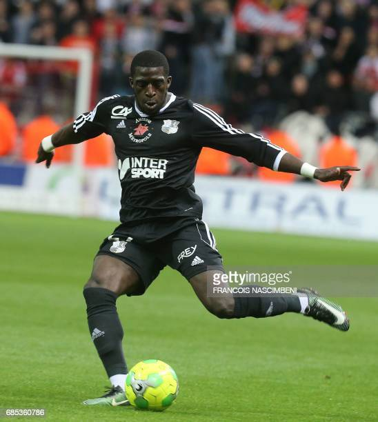 Amiens forward Aboubakar Kamara kicks the ball during the Ligue 2 Football match ReimsAmiens on May 19 2017 at the Auguste Delaune Stadium in Reims /...
