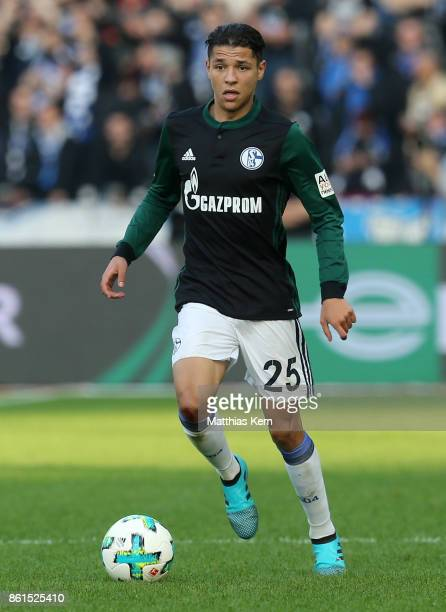 Amine Harit of Schalke runs with the ball during the Bundesliga match between Hertha BSC and FC Schalke 04 at Olympiastadion on October 14 2017 in...