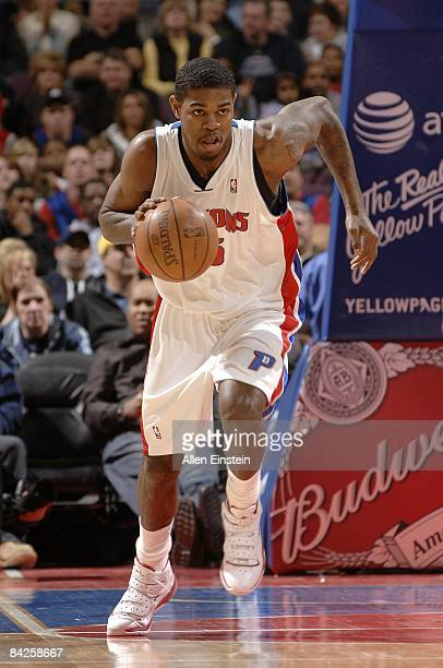 Amir Johnson of the Detroit Pistons dribbles during the game against the New Jersey Nets at the Palace of Auburn Hills on December 31 2008 in Auburn...