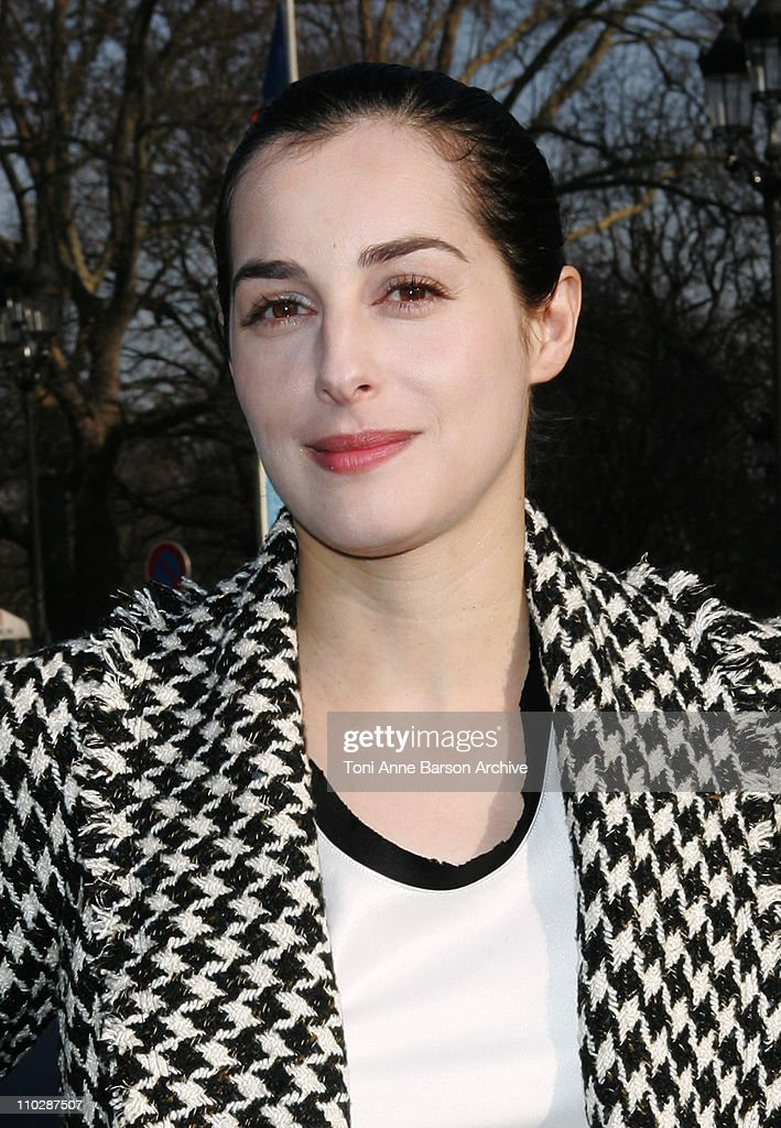 <a gi-track='captionPersonalityLinkClicked' href=/galleries/search?phrase=Amira+Casar&family=editorial&specificpeople=239076 ng-click='$event.stopPropagation()'>Amira Casar</a> during Paris Fashion Week - Haute Couture Spring/Summer 2006 - Chanel - Arrivals at Grand Palais in Paris, France.