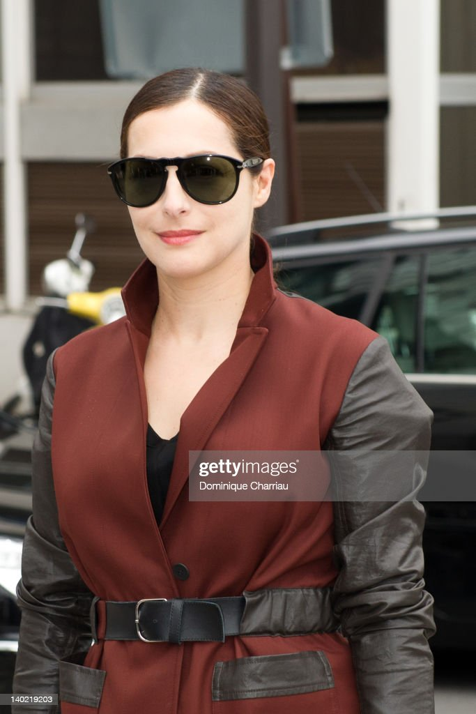 <a gi-track='captionPersonalityLinkClicked' href=/galleries/search?phrase=Amira+Casar&family=editorial&specificpeople=239076 ng-click='$event.stopPropagation()'>Amira Casar</a> leaves the Balenciaga Ready-To-Wear Fall/Winter 2012 show as part of Paris Fashion Week on March 1, 2012 in Paris, France.
