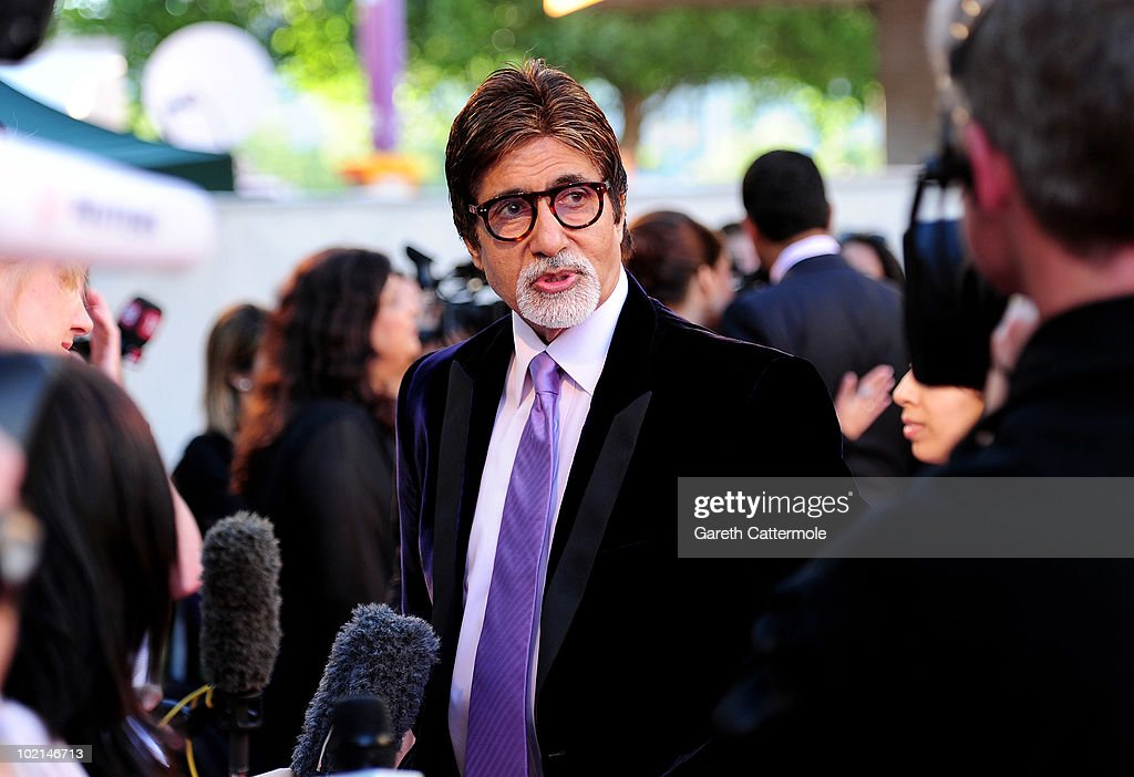 <a gi-track='captionPersonalityLinkClicked' href=/galleries/search?phrase=Amitabh+Bachchan&family=editorial&specificpeople=220394 ng-click='$event.stopPropagation()'>Amitabh Bachchan</a> arrives at the World Premiere of Raavan at the BFI Southbank on June 16, 2010 in London, England.