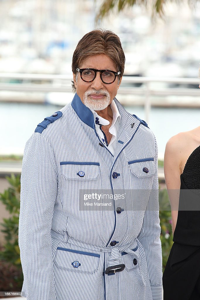 <a gi-track='captionPersonalityLinkClicked' href=/galleries/search?phrase=Amitabh+Bachchan&family=editorial&specificpeople=220394 ng-click='$event.stopPropagation()'>Amitabh Bachchan</a> attends the photocall for 'The Great Gatsby' at The 66th Annual Cannes Film Festiva at Palais des Festivals on May 15, 2013 in Cannes, France.